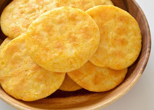 ăn bánh gạo có béo không, bánh gạo ichi bao nhiêu calo, 1 gói bánh gạo one one bao nhiêu calo, ăn bánh gạo có giảm cân không, thành phần của bánh gạo, bánh gạo lứt bao nhiêu calo, lượng calo trong bánh gạo one one mặn, lượng calo trong bánh gạo one one ngọt, bánh gạo cho người ăn kiêng, cách ăn bánh gạo không bị béo